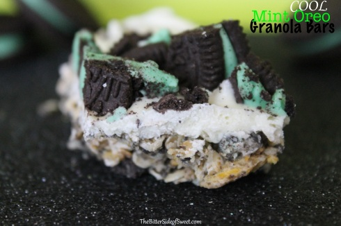 Cool Mint Oreo Granola Bars